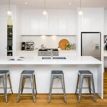pocket pantry door - Kitchen Overhead Cabinets