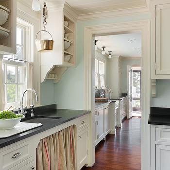 Honed Black Granite Kitchen Benjamin Moore Mountain