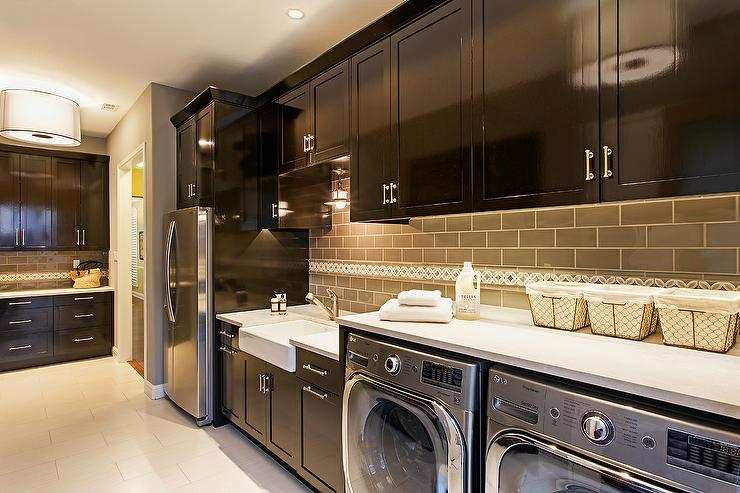 Espresso Cabinets With Subway Tile Kitchen Backsplash English Lessons