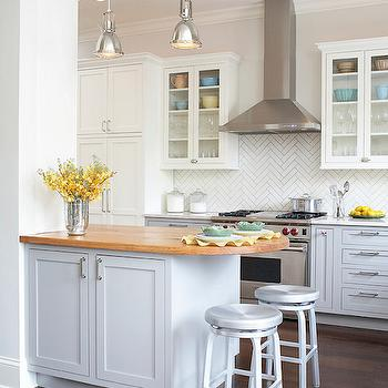 28 Curved Kitchen Island And Soffit A Luxury