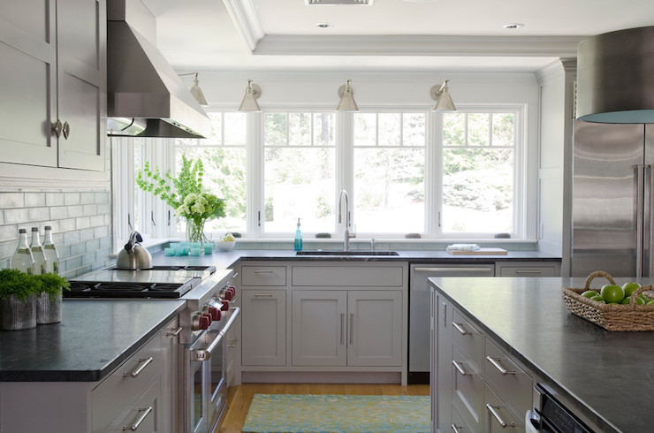 Light grey kitchen cabinets contemporary kitchen for Gray kitchen cabinets with black counter