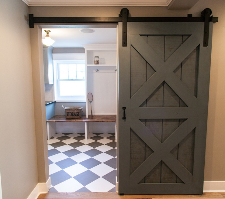 Barndoor Kitchen Cabinets Diy Barn Door