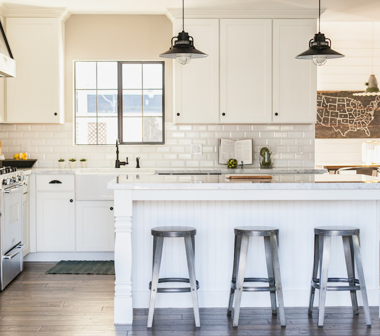 Beveled Subway Tile Backsplash Cottage Kitchen