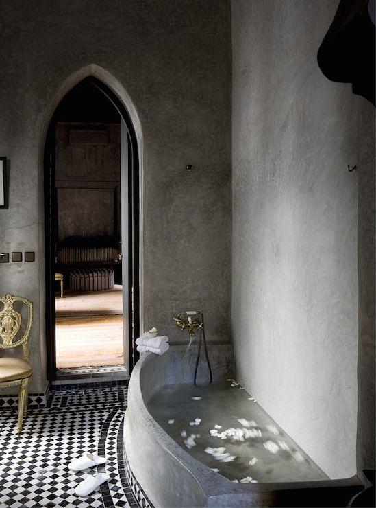 Superbe Moroccan Bathrooms