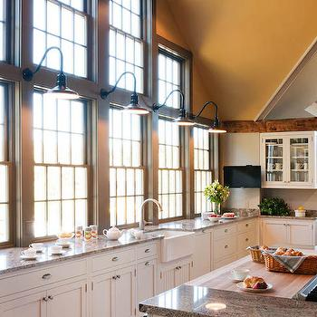 Honey Colored Kitchen Cabinets Design Ideas on traditional kitchen lighting, nautical flooring, classic kitchen lighting, decorative kitchen lighting, fashion kitchen lighting, red kitchen lighting, silver kitchen lighting, beach kitchen lighting, equestrian kitchen lighting, home kitchen lighting, white kitchen lighting, italian kitchen lighting, antique kitchen lighting, country kitchen lighting, tuscan kitchen lighting, diy kitchen lighting, wood kitchen lighting, french kitchen lighting, bright kitchen lighting, contemporary kitchen lighting,