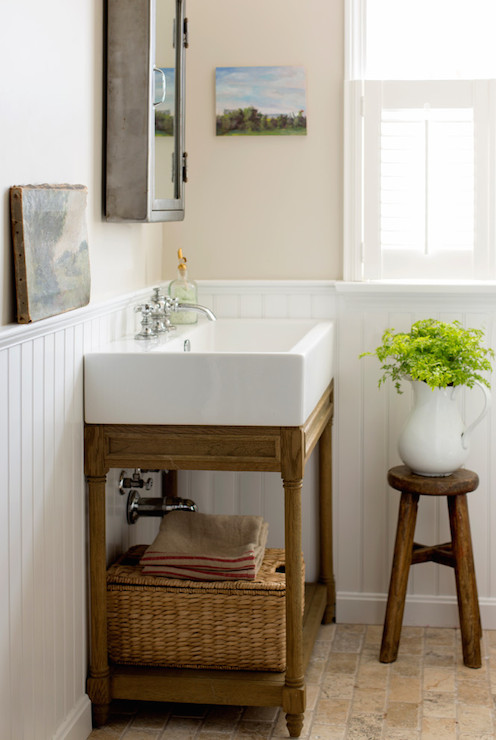 Exceptionnel ... And Cafe Au Lait Painted Upper Walls Adorned With A Zinc Medicine  Cabinet Above A Restoration Hardware Weathered Oak Single Console Sink  Beside A Rustic ...