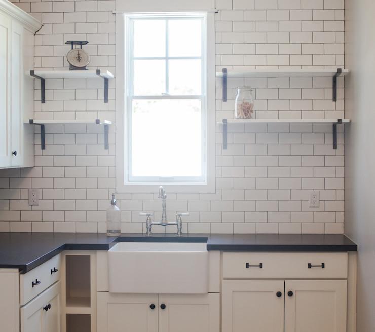 Kitchen Remodel Ventura: L Shaped Pantry Design Ideas