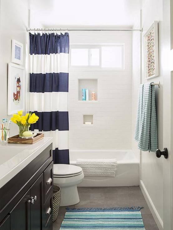 Blue And Tan Kids Bathroom Cottage Bathroom Benjamin Moore - Black and white striped bath rug for bathroom decorating ideas