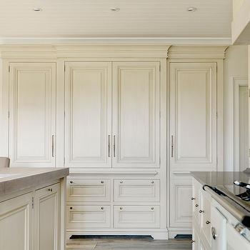 Cream Kitchen Cabinets Brass Hardware Design Ideas