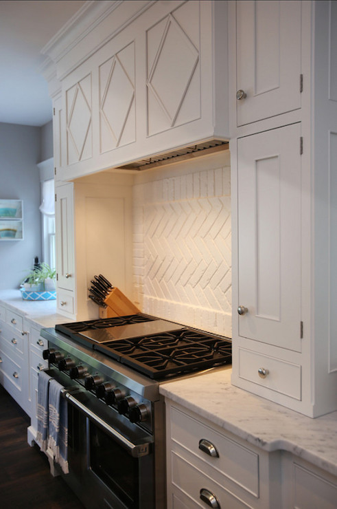 White Brick Backsplash Design Ideas