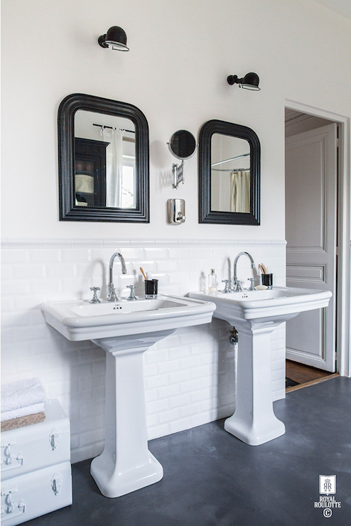 Beveled subway tile wainscoting transitional bathroom royal roulotte - Salle de bains vintage ...