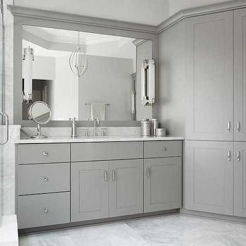 'Gray Shaker Bathroom Cabinets' from the web at 'https://cdn.decorpad.com/photos/2014/11/03/m_ed49c346bfea.jpg'