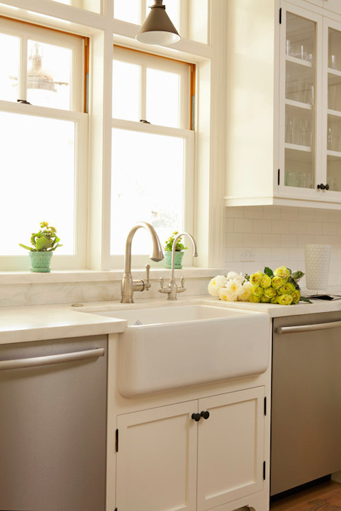 Cottage Style White Kitchen Cabinets