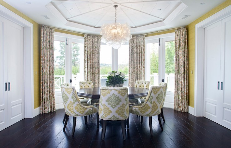 Octagon Dining Table Design Ideas