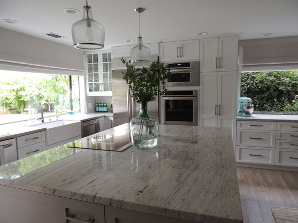 Merveilleux River White Granite Countertops
