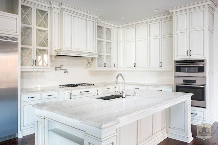 Charmant White Quartzite Countertops