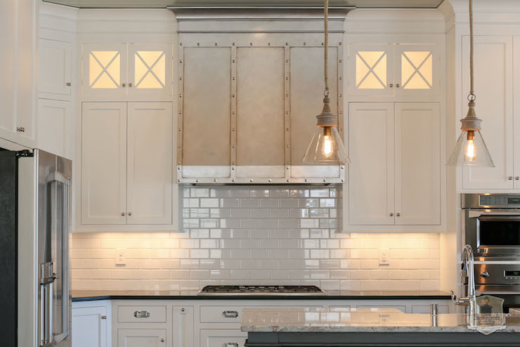 White Dove Kitchen Cabinets Traditional Kitchen