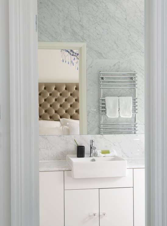 Bathroom Sink With Overhang Design Ideas