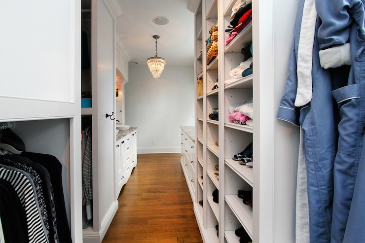 view full size - Small Walk In Closet Design Ideas