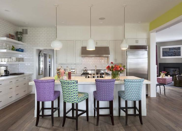 View Full Size. Incredible Kitchen Boasts White Shaker Cabinets ...