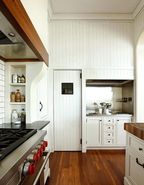 kitchens with beadboard