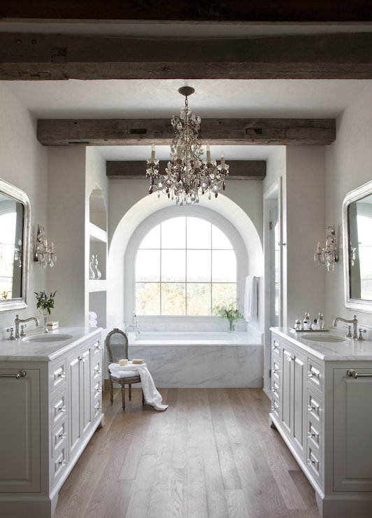 Arched Tub Alcove