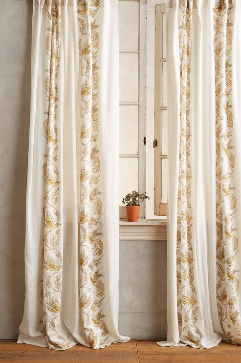 scrolled quills curtain i anthropologie