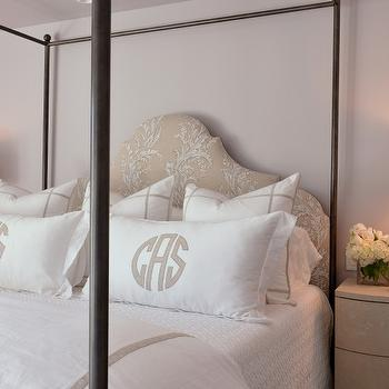 white and beige bedroom design ideas