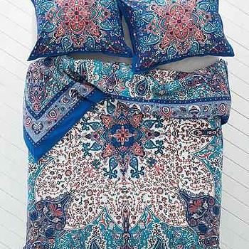 Plum & Bow Dandeli Medallion Duvet Cover I Urban Outfitters