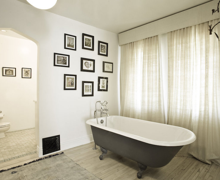 Waterworks Savoy Freestanding Oval Cast Iron Bathtub With Feet