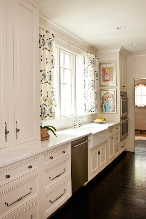 White Curtains black and white curtains for kitchen : Open Kitchen Cabinets with Black and White Curtains on Brass Rods ...