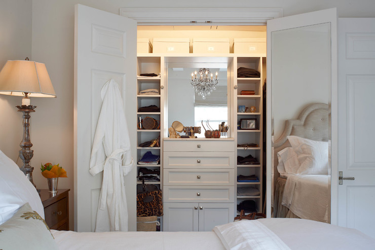 Charmant Closet With Built In Dresser