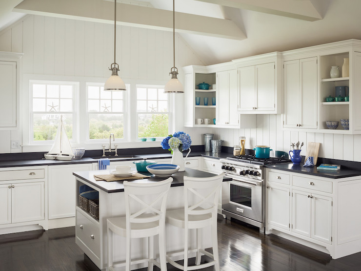 Kitchen with cathedral ceiling cottage kitchen for Vaulted ceiling kitchen designs