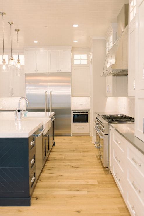 Double Door Refrigerator Transitional Kitchen
