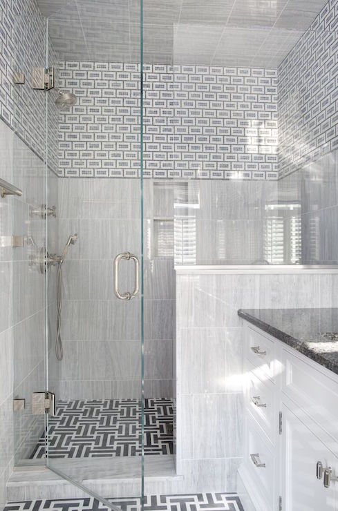 Shower With Mixed Tiles White And Gray Maze Shower Floor
