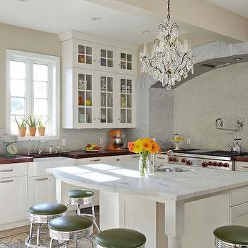 Kitchen Sink Under Arched Window Design Ideas