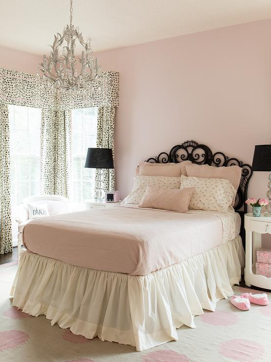 Pink and black girls bedroom transitional girl 39 s room for Black and white girls bedroom ideas