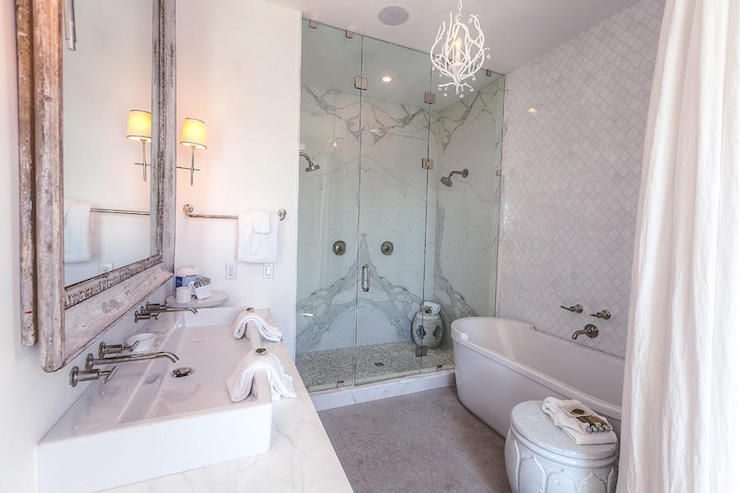 Bathroom With White Marble Arabesque Tiles Cottage