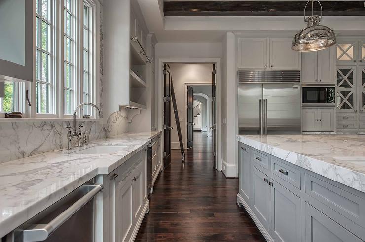 Kitchen Sink Between Dishwashers - Transitional - Kitchen