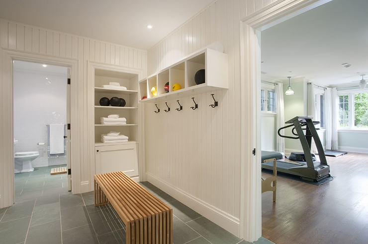 Vertical Bathroom Shiplap Design Ideas