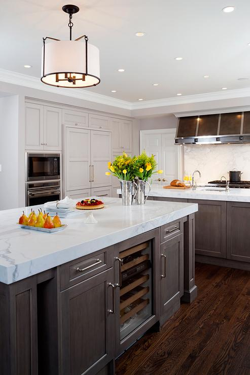 Grosvenor Triple Pendant Light Transitional Kitchen