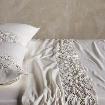 Antiqued Lace Sheet Set