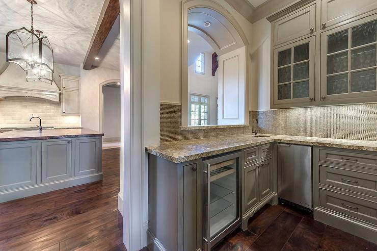 Butlers Pantry With Arched Pass Through View Full Size
