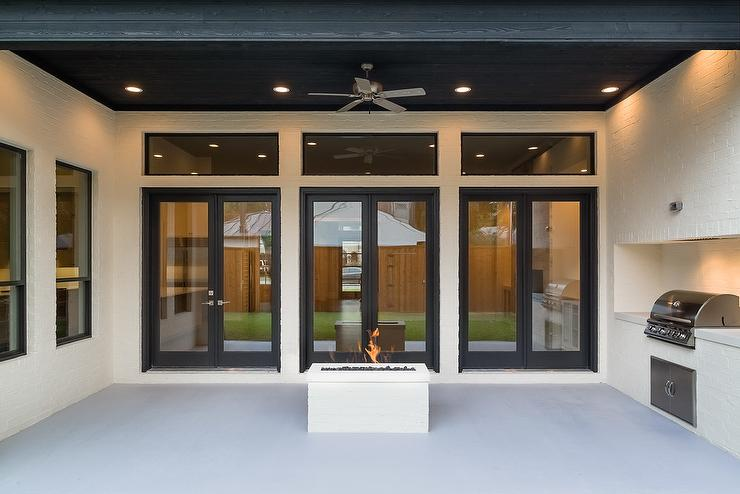 Covered Patio with River Rock Fireplace : bbq doors black - pezcame.com