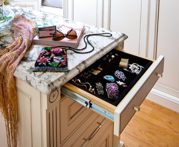 Closet Island With Jewelry Drawer