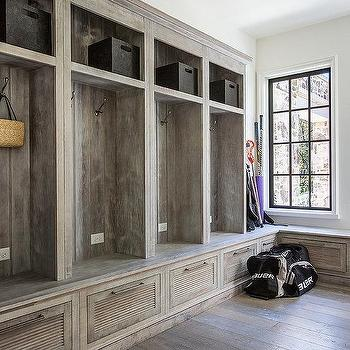 Rustic Mudroom Design Ideas