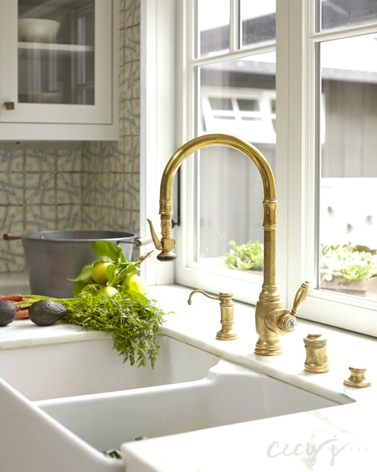 Dual Apron Sink And Gold Gooseneck Faucet   Cottage   Kitchen