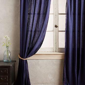 Dottie Curtain