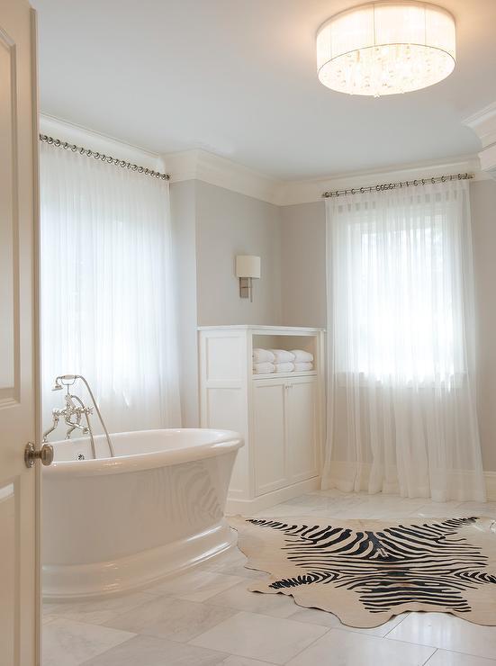 Shaker Linen Cabinet Design Ideas