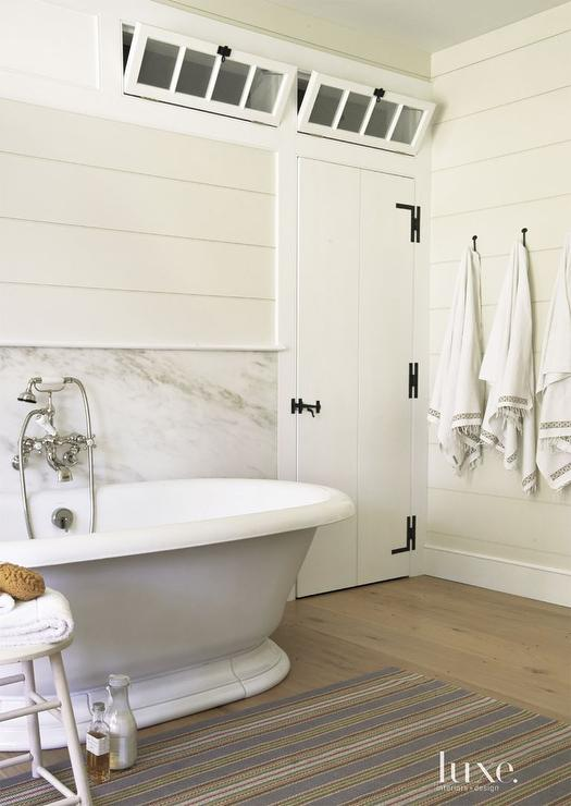 Shiplap Bathroom Walls Design Ideas